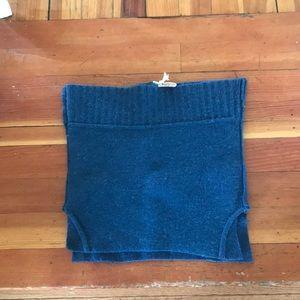 Dresses & Skirts - Sweater skirt to wear over leggings